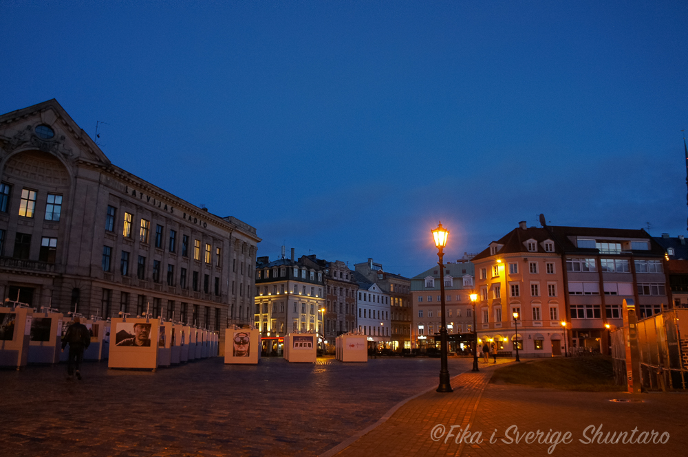 ドーム広場の夜景