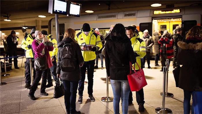 スウェーデン入国拒否