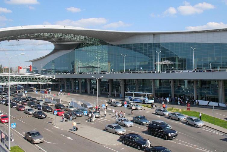 モスクワ空港レビュー