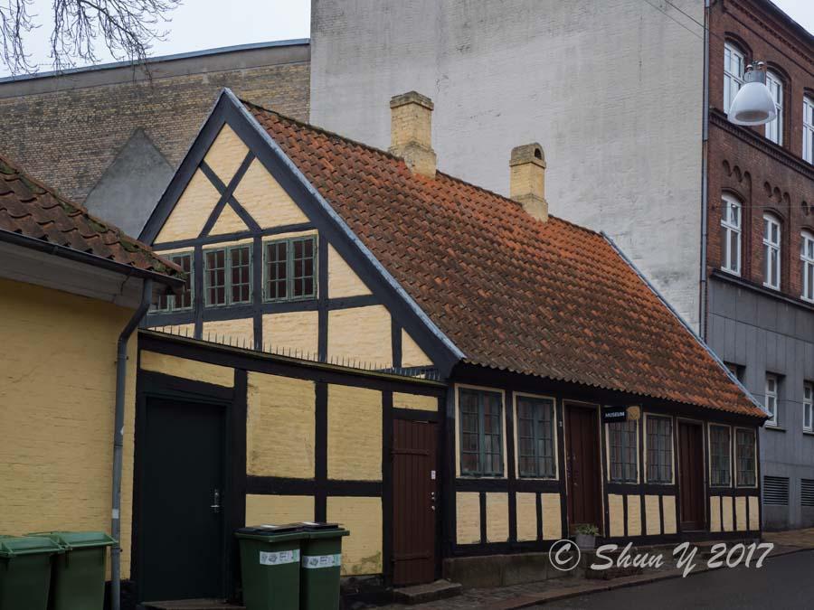 アンデルセン幼少時代の家