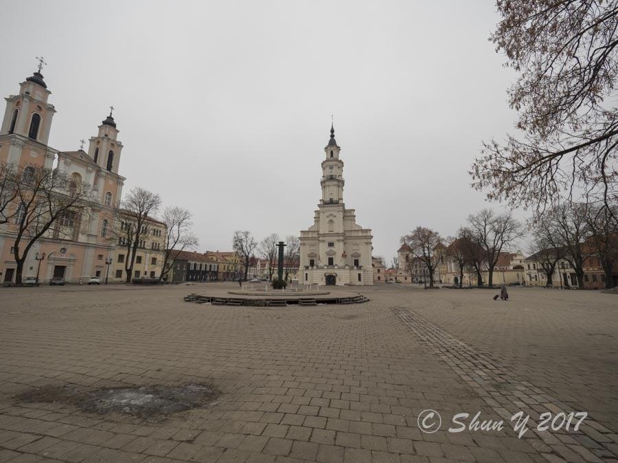 旧市庁舎広場